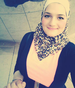 Hind Allouch, a student at Monmouth from Damascus, Syria