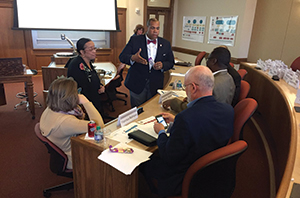 Jabar Shumate meets with OU faculty and administrators.